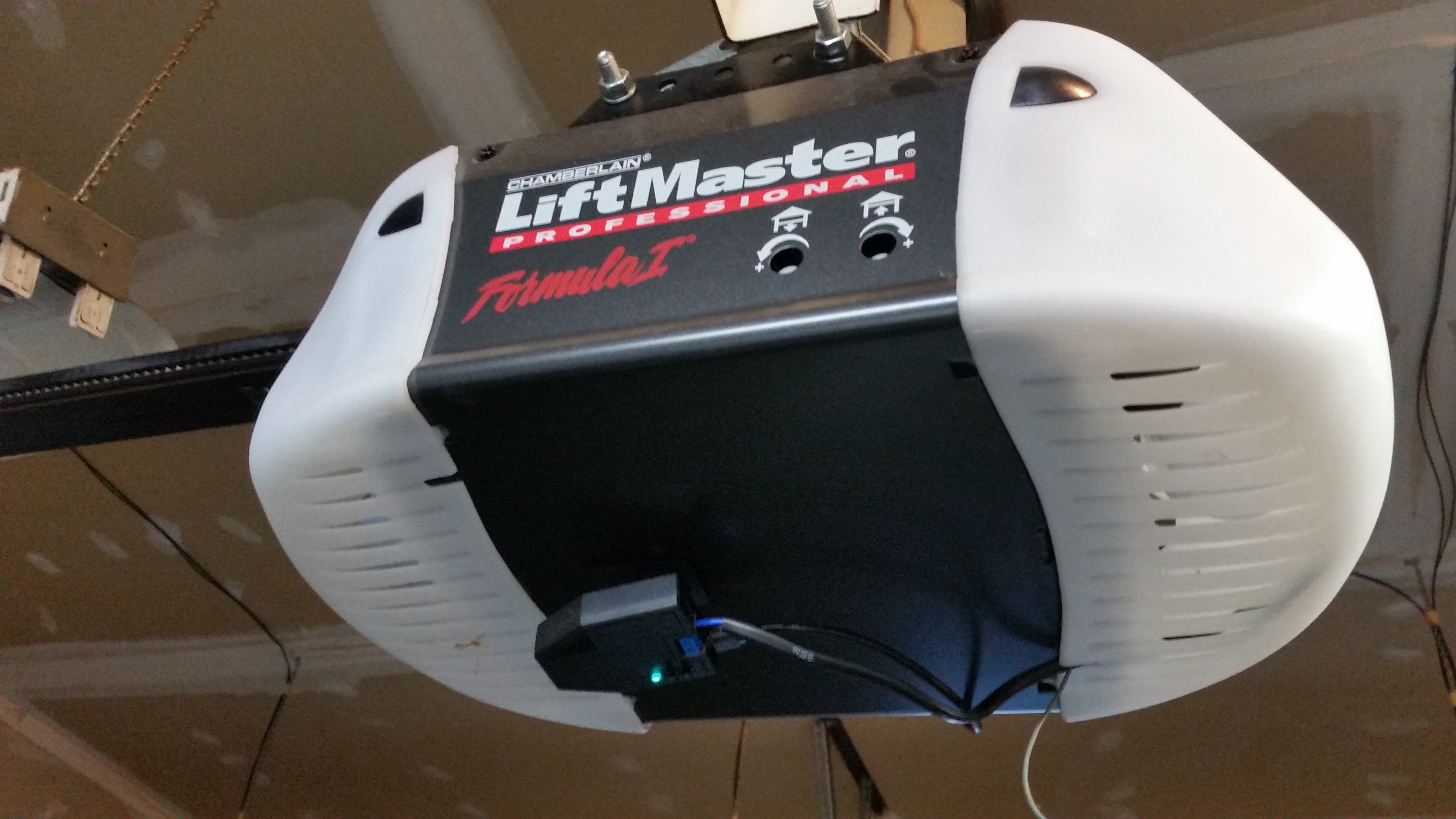 Installation With Chamberlain Liftmaster Professional